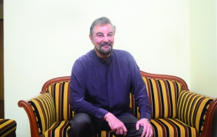 A not-so-difficult dialogue with Kabir Bedi