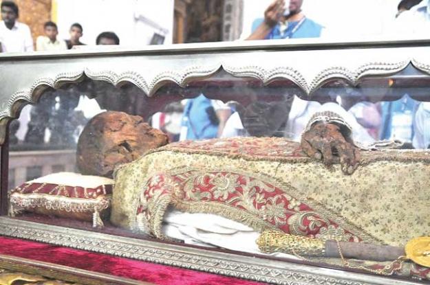 Pics For > Saint Francis Xavier Body