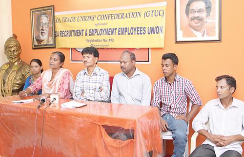 social activist Swati Kerkar addressing a press conference.