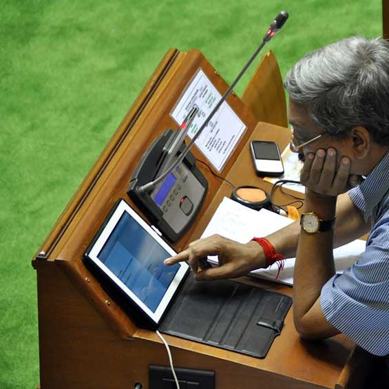 Manohar Parrikar taking keen interest in the on-line functioning o
