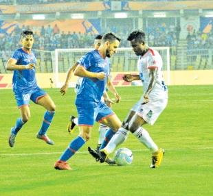 Delhi dent Goa's top four hopes