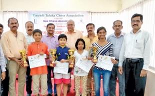 Leon, Sayuri emerge victorious  in U-13 chess championship