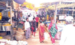 Shopping abysmal in flawed Ponda market