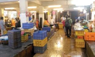 Ponda market deserted