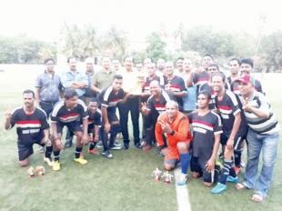 Vasco Veterans lift  7th Panjim Veterans trophy