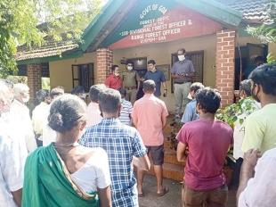 Karla villagers stage protest against Quepem Forest Dept
