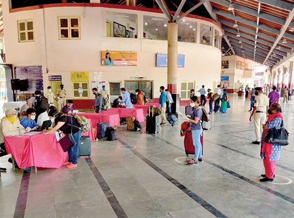 Train service resumption  saw 850% rise in  COVID-19 cases in Goa