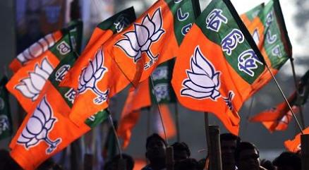 Is BJP listening to  it karyakartas?