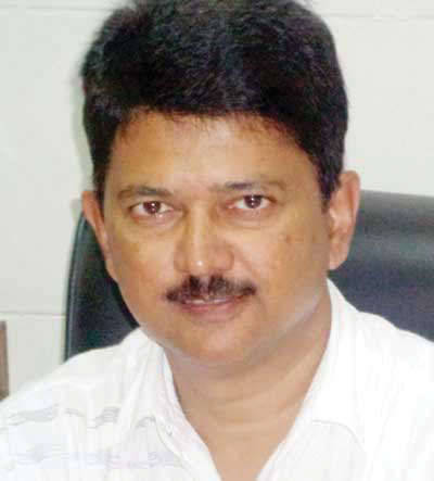 Major setback to AAP as Elvis Gomes quits party