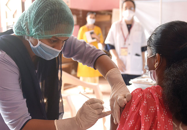 West Bengal: Dry run for vaccination underway in 3 places